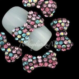 Панделки с камъчета за нокти